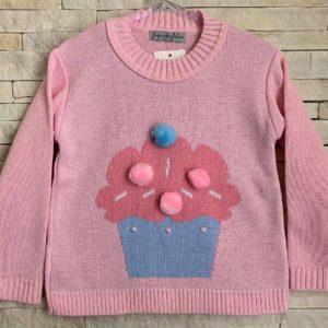 Tricô infantil rosa com estampa de cupcake e aplicação de pompom e pérolas.