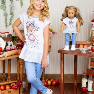Conjunto raposa tal menina tal boneca acompanha blusa com estampa de raposa, pompons e strass, mais calça em molecotton que imita jeans.